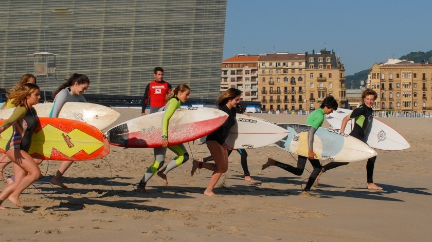 Spanish in the morning and surf in the afternoon?